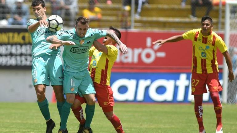 Aucas y Barcelona SC empatan sin goles en Chillogallo